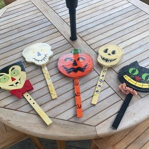 🎃Halloween hand painted garden stakes 5 🎃